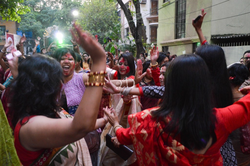 The sheer revelry and madness in the bisorjon procession, helps to counteract the gloom that fills us as we bid farewell to the Goddess for the year